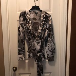 East 5th faux wrap style blouse Sz XL